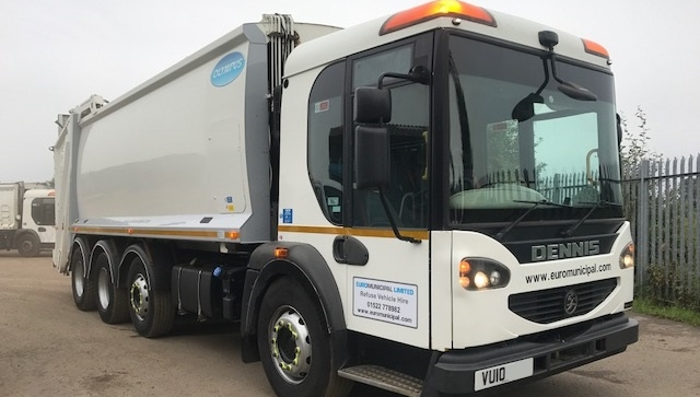 FOR SALE: 2010 YEAR 32T 8X4 EURO 5 DENNIS REFUSE VEHICLE WITH OLYMPUS BODY AND TERBERG LIFT