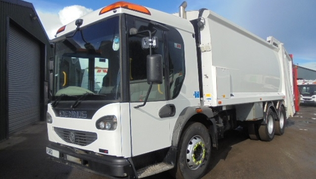 FOR SALE: 2010 YEAR 6X4 EURO 5 DENNIS REFUSE VEHICLE WITH BETA WEIGH PREPARED TRADE LIFT